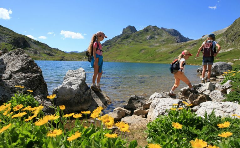 What to do in Andorra with children in winter or spring?